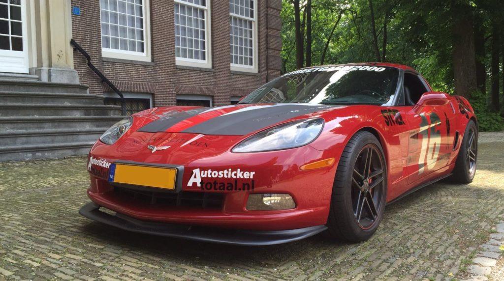 auto stickers op je sportauto